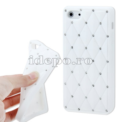 Husa iPhone 5S, 5 <br> Elegance Silicon White<br> Accesorii iPhone 5, 5S