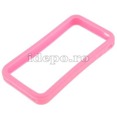 Bumper iPhone 4,4S <br> Max Grip Pink<br> Accesorii iPhone 4