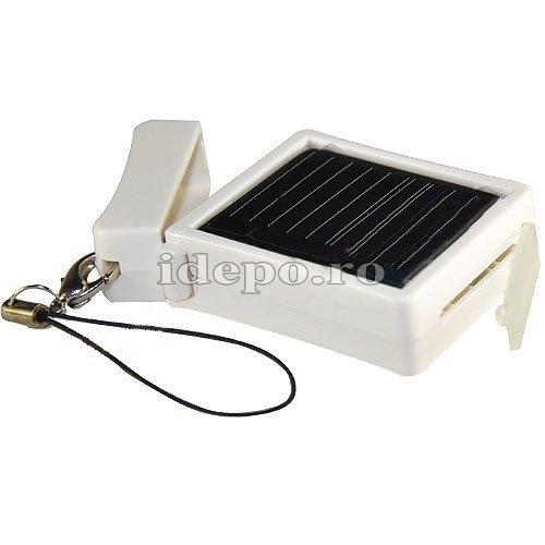 Baterie acumulator iPhone 4, 4S cu incarcator solar  500mAh